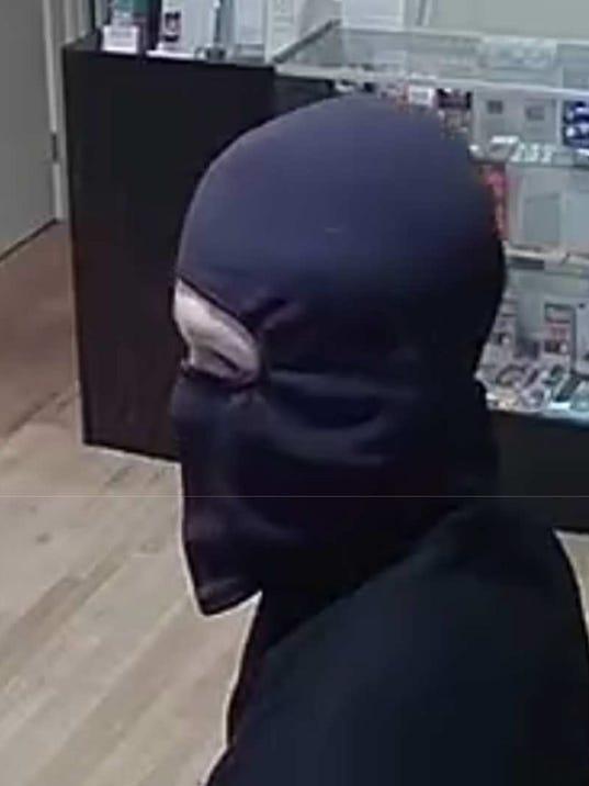 Armed-Robbery-1.jpg