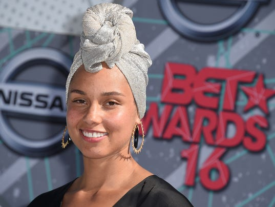 AP 2016 BET AWARDS - ARRIVALS A ENT USA CA