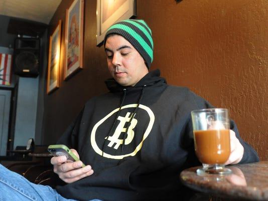 -REN0330 Bitcoin 05.jpg_20140328.jpg