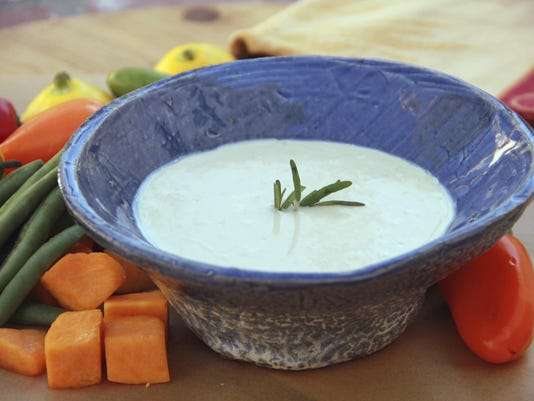 Food Healthy Cheese Fondue Dip (2)
