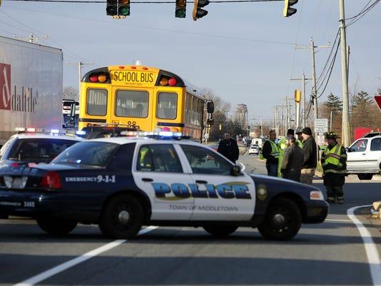 Middletown school bus crash injures 3