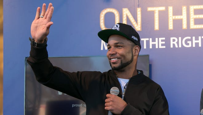 Golden Tate engages with fans in Chicago on April 30, 2015.