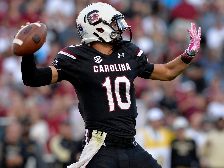 USC quarterback Perry Orth (10) drops back to pass against Vanderbilt at Williams-Brice Stadium in Columbia on Saturday, October 17, 2015.