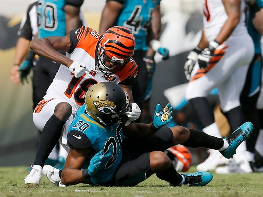 USP NFL: CINCINNATI BENGALS AT JACKSONVILLE JAGUAR S FBN JAC CIN USA FL