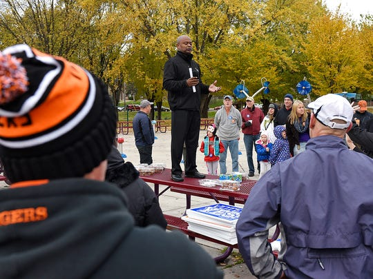 Superintendent Willie Jett speaks during a rally in