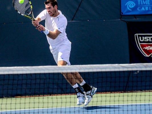 krisBGM_Tennis44.jpg
