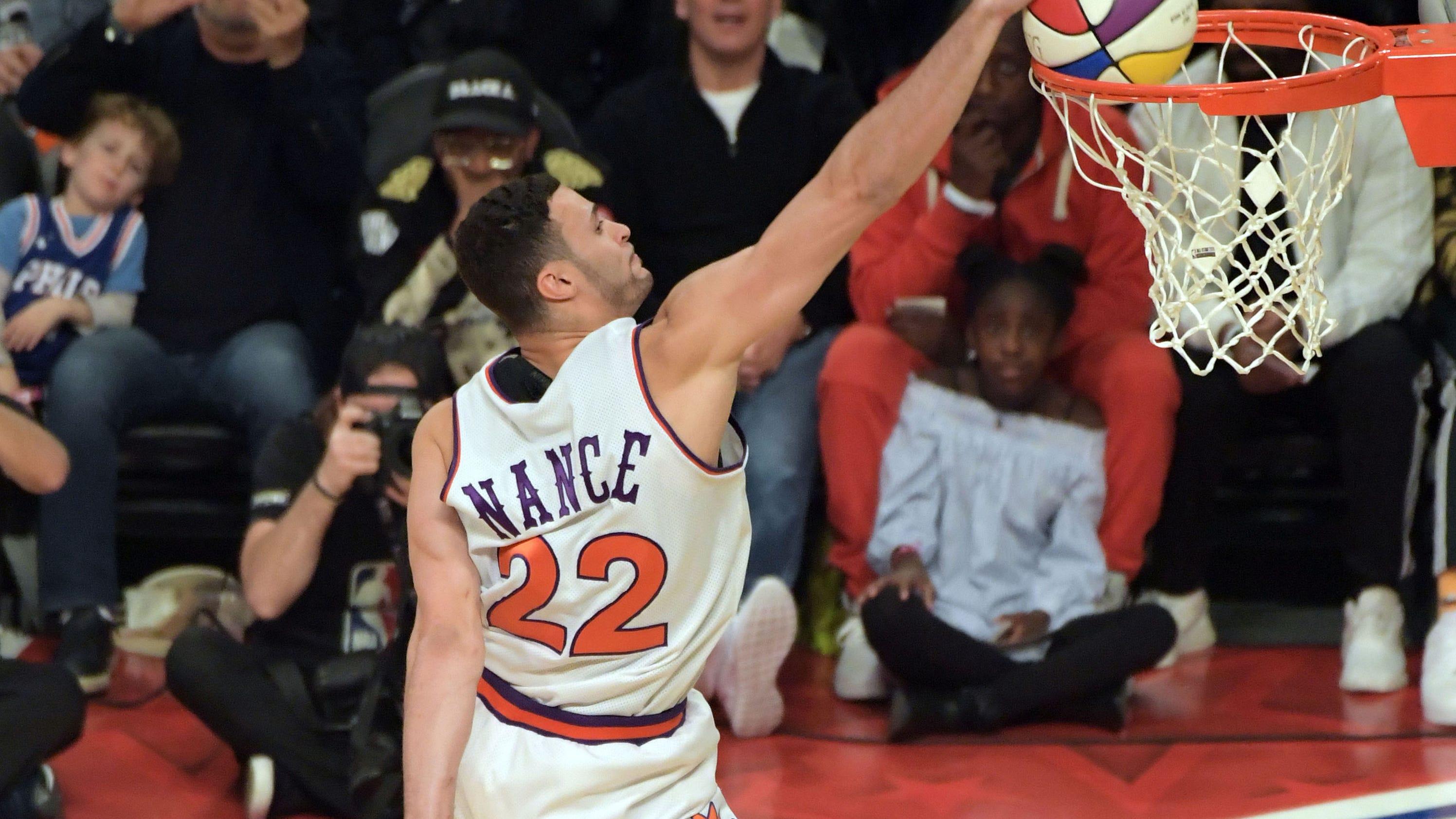 Larry-nance-jr-dunk