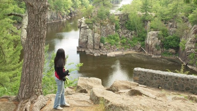 Inside Interstate State Park, at the St. Croix River, is a series of short hiking loops.