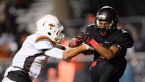 Hillcrest played host to Mauldin in the first round of the Class AAAA Division 1 playoffs Friday night.