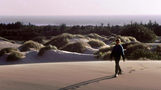 It's a mile hike from the Oregon Dunes Day Use Area to the beach.