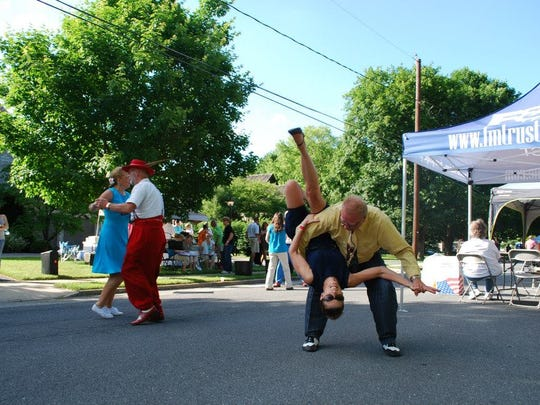 The Neighborhood Chefs Walk is about more than food and drink - there's music and dancing too.