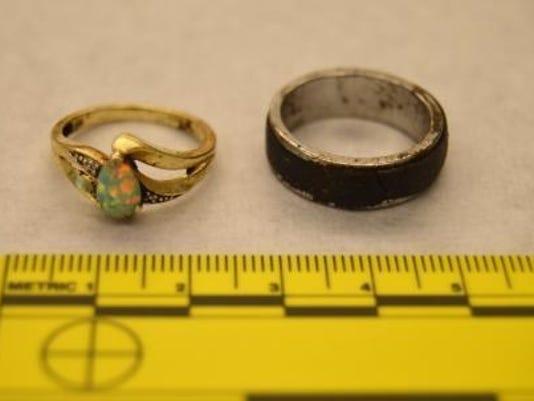 635624773201214333-rings