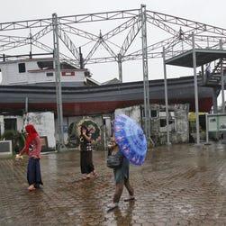 Thai sea gypsies embrace modern life after tsunami