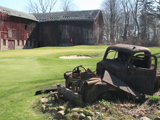 Squirrel Hollow is one of the few 'executive courses'