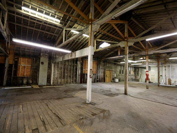 Warehouse dating