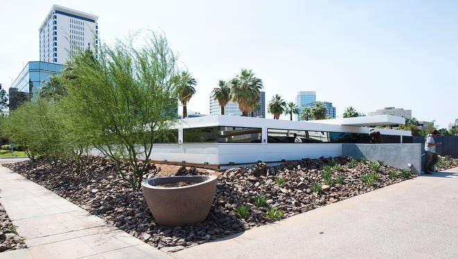 This is the new location of the Lisa Sette Gallery at 210 E. Catalina Drive in Phoenix. The building is being improved and art moved in from the gallery in Scottsdale.