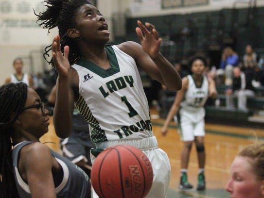Lincoln point guard Daijah Turner goes up for a layup