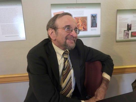 Robert Choen, a music historian and educator gave a