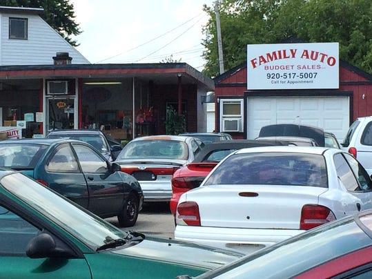 state suspends license of a fond du lac auto dealership. Black Bedroom Furniture Sets. Home Design Ideas