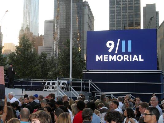 stc 0911 memorial.jpg