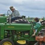 Massey tractors featured at Valmy Thresheree