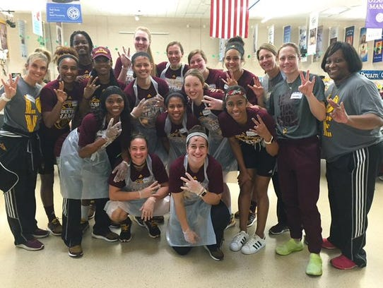 ASU's women's basketball players and coaches volunteered