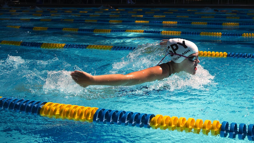 Isabella Cavanagh practices with the Springfield Senators at the Illini Country Club pool Friday, Aug. 21, 2020.