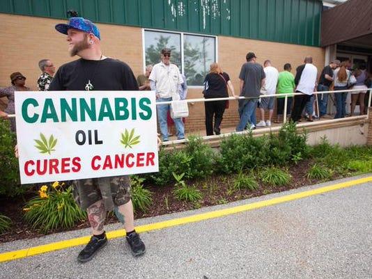 635709156331969501-cannabis