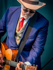"""Robert Earl Keen's best-known song,""""The Road Goes on"""