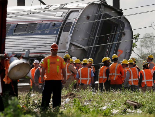 AP AMTRAK CRASH A USA PA