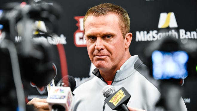 UL coach Mark Hudpseth is looking to get his Cajuns back to .500.
