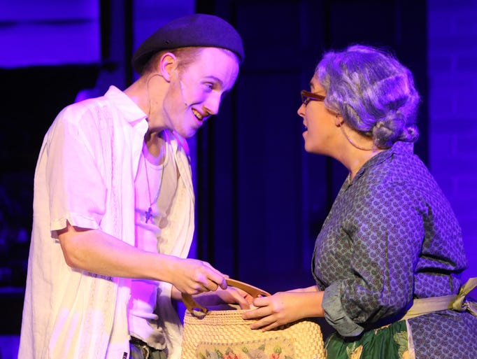 Oscar Eck as Usnavi and Grace Parlier as Abuela Claudia