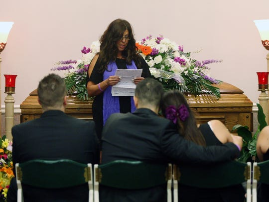 Rose Renda eulogizes her sister Giorgina Cimino Nigro during a memorial service on Aug. 3, 2015, at the Branchburg Funeral Home in Branchburg, NJ.