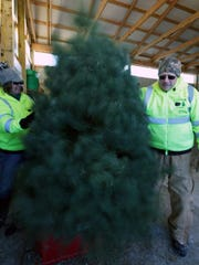 Kevin and Debbie Kleer of Kleerview Farm make a Christmas