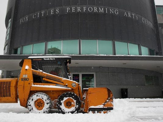 -APC Snow Storm 0408 011414wag.jpg_20140114.jpg