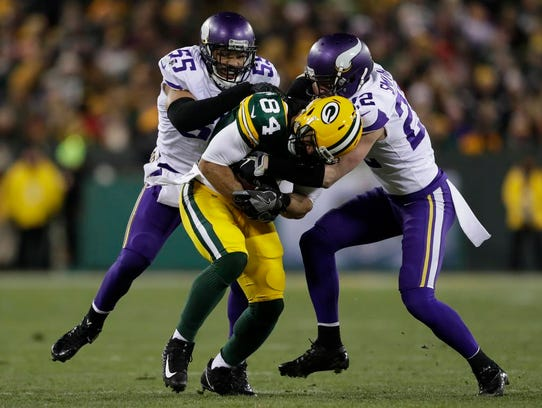 Green Bay Packers tight end Lance Kendricks (84) is