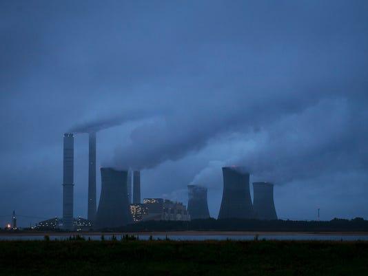 APTOPIX Coal Plant Ge_Redm.jpg