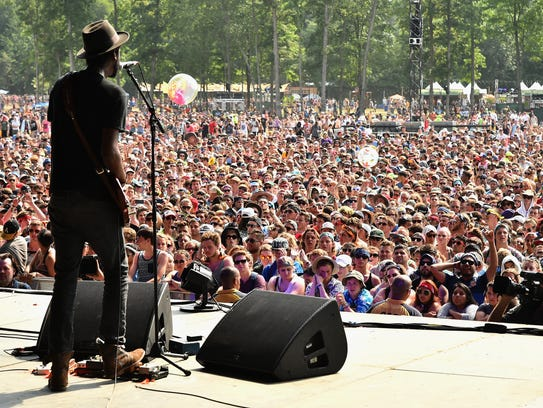 Gary Clark Jr. performs at the Firefly Music Festival