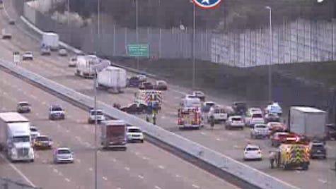 Crash on Interstate 65 north south of Vietnam Veterans Blvd.