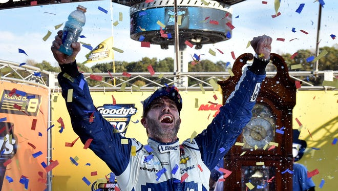Six-time Cup champion Jimmie Johnson will be the favorite to win the championship at Homestead-Miami Speedway.