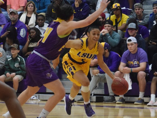 LSU of Alexandria's Amber Cesair (1) drives to the lane against LSU of Shreveport Wednesday, Jan. 31, 2018 at the Fort on the LSUA campus.