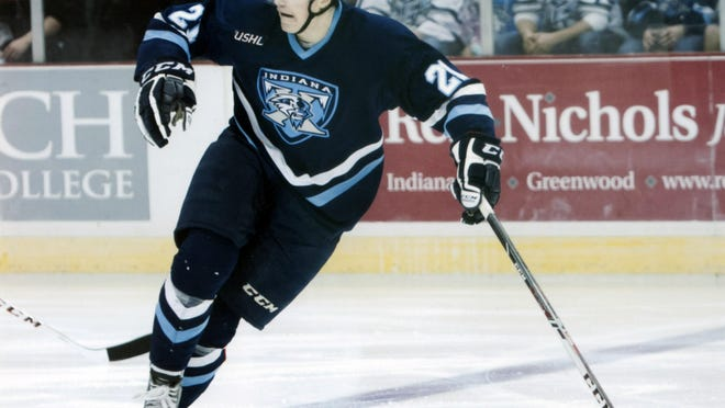 Dwyer Tschantz, a 6-foot-5, 209-pound forward, had 24 goals, including a team-high six game-winners this season for the Indiana Ice.