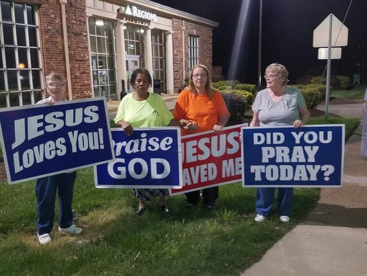 636011746873256375-Jesus-Ladies-photo.jpg