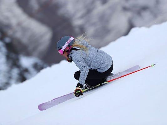 636481071763559621-skiing.jpeg