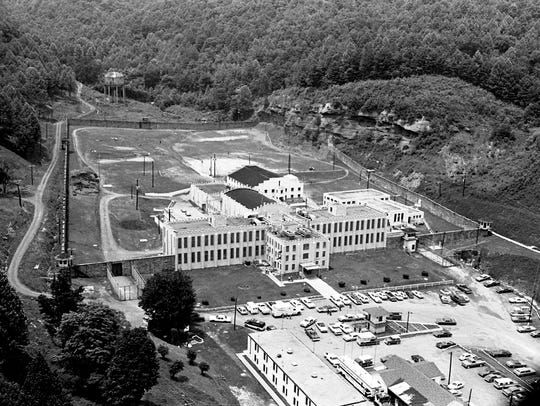 Brushy Mountain State Prison, shown here June 11, 1977, near Petros, Tenn., the day after James Earl Ray and six other prisoners escaped after scaling the prison wall.