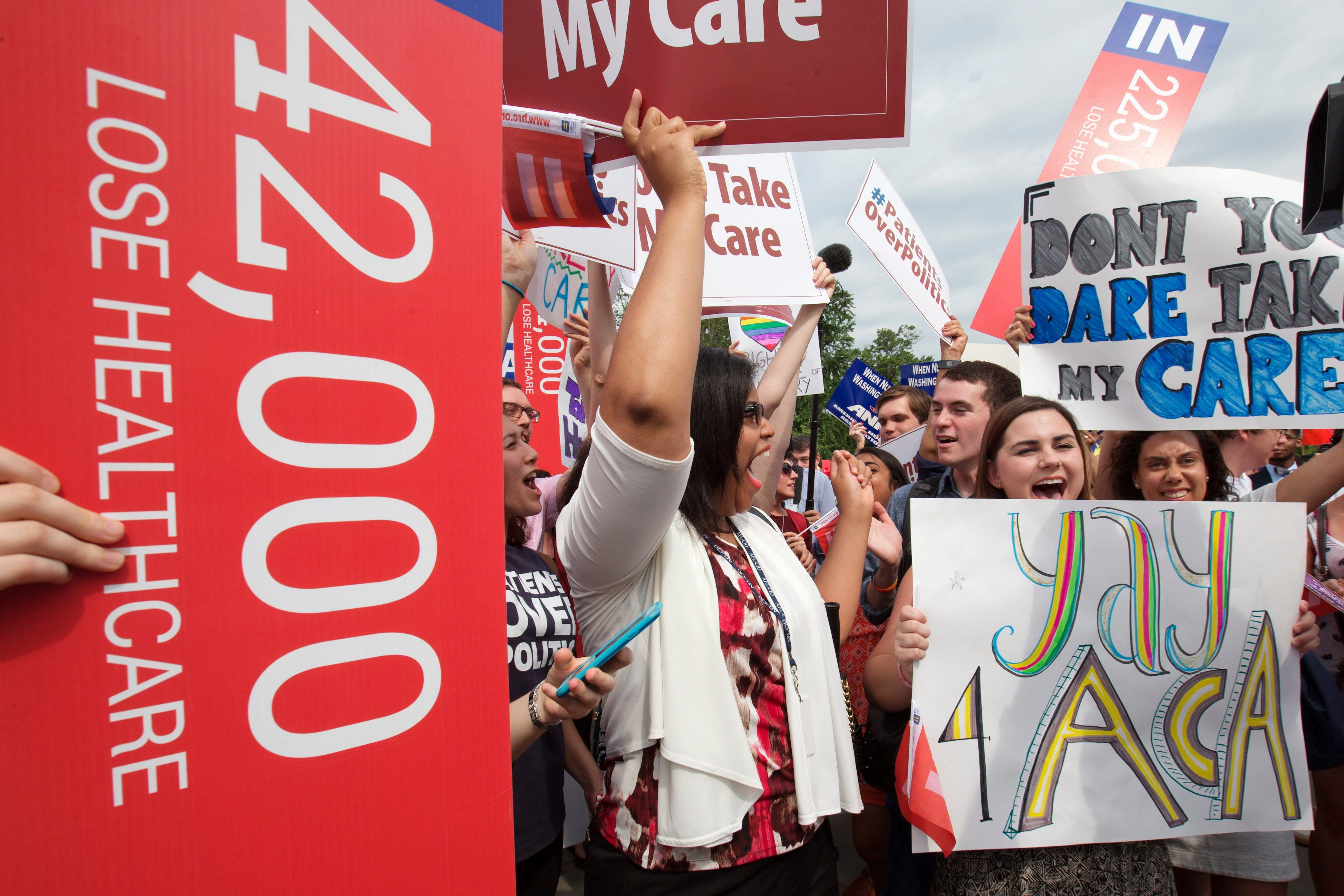 Supreme Court Upholds Affordable Care Act photo