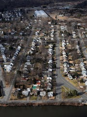This Pompton Lakes neighborhood sits above a plume