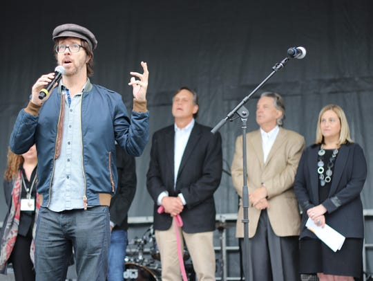 Piano rocker Ben Folds speaks Saturday during Studio
