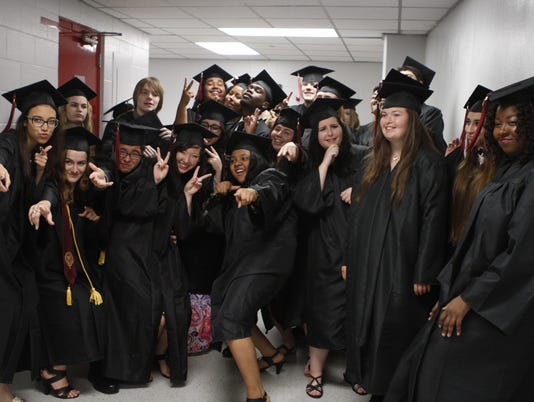 635998929159496960-Middle-College-7-.JPG