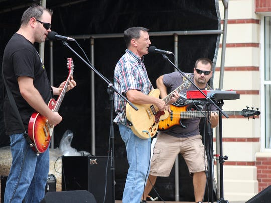 The band Slaw Dog played the Community Showcase Stage on Thursday during the Marion Popcorn Festival. Country star Kellie Pickler is scheduled to be the Main Stage act on Friday at the festival. Her show starts at 8:30 p.m.